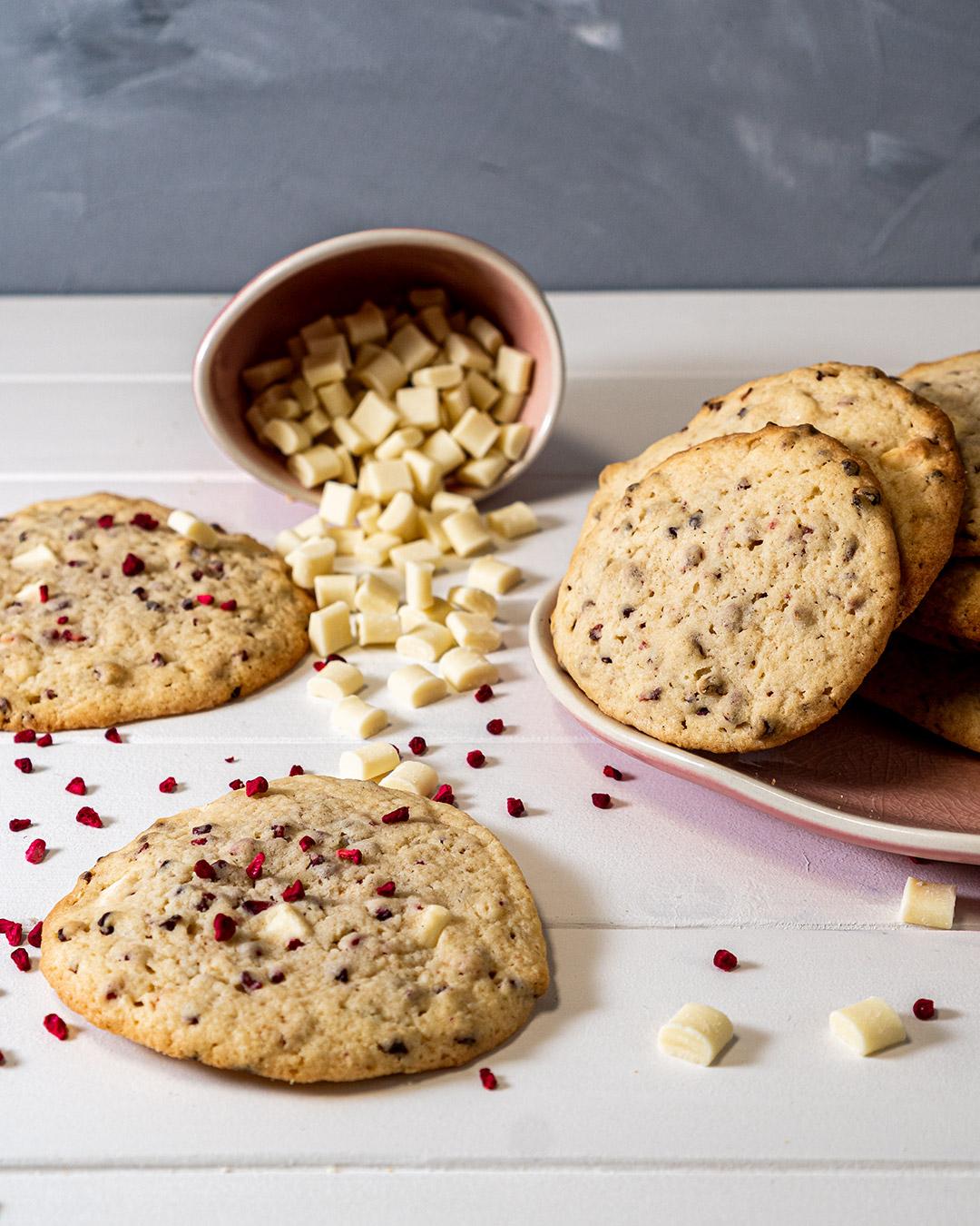 Raspberry White Cookies